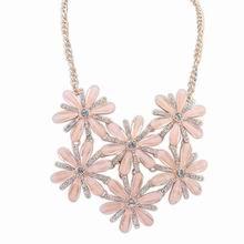 欧美时尚甜美气质镶钻项链(浅粉)
