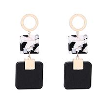 韩版个性方形板材耳环(黑色)
