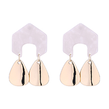 韩版时尚几何形金属吊坠耳环(白色)
