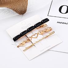 韩版小清新时尚气质小心心发夹套装(白色黑