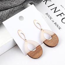 韩版冷淡风百搭圆圈木头耳环(白色)