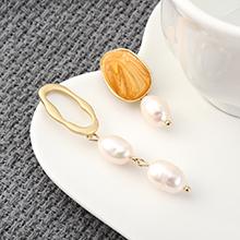 欧美冷淡风时尚个性镀真金不对称珍珠S925银针(橘色)