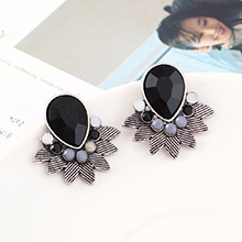 韩版时尚简约小清新百搭小叶子耳环(白K+黑色)