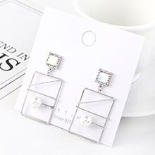 韩版气质复古个性镀真金时尚大牌长方形镂空水晶玻璃S925银针(白金)