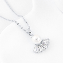 AAA级锆石项链--扇圆珠(白金)