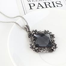 欧美复古时尚大气个性方形玻璃毛衣链(黑色)