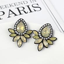 韩版复古时尚创意简约小清新花朵耳环(淡黄)