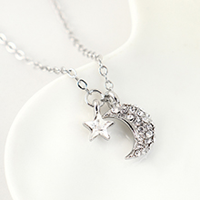 奥地利水晶项链--众星拱月(白色)