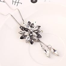 韩版时尚简约百搭创意彼岸花毛衣链(黑钻石)