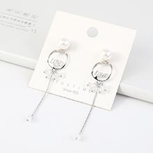 欧美镀真金复古时尚气质LOVE字母流苏珍珠S925银针(白金)