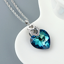奥地利水晶项链--心心相印(蓝光)