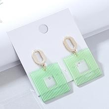 欧美时尚创意大气流行树脂镂空耳钉(绿色)
