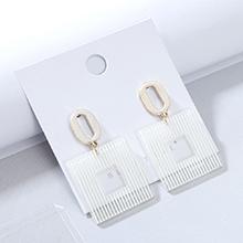 欧美时尚创意大气流行树脂镂空耳钉(白色)