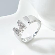 AAA级锆石戒指--M型字母戒(白金)