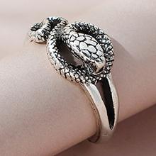 欧美创意夸张个性创意蛇戒指