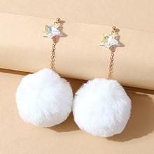 欧美气质大牌创意时尚水晶五星绒毛球耳环